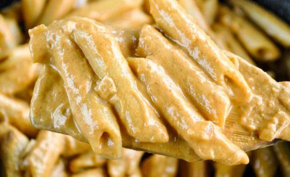 Creamy Garlic and Seed Sauce